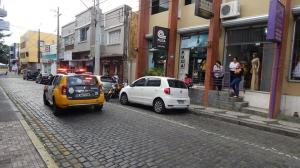 Loja é invadida por indivíduos armados em Paranaguá