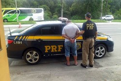 PRF pega caminhoneiro embriagado na BR-277 em Paranaguá